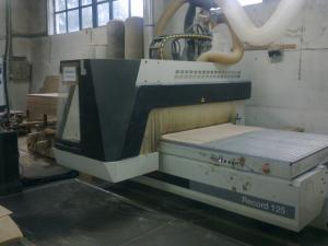 CNC felsőmarógép